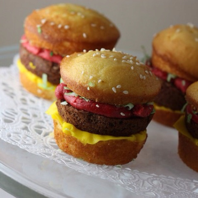 Cupcake burgers!! | party ideas | Pinterest