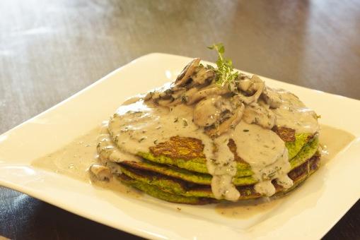 Hulk Pancakes | Breakfast + Snacks | Pinterest