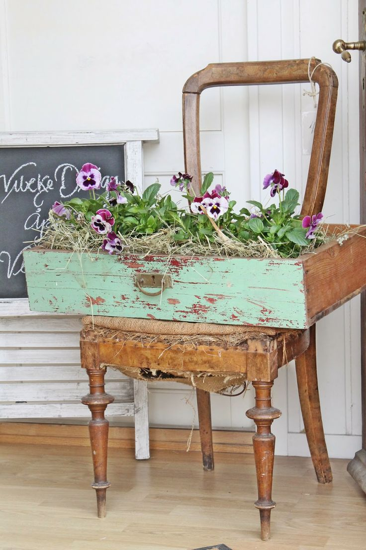 Fun way to display flowers via VIBEKE DESIGN