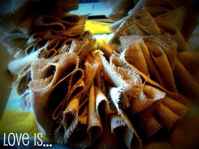 Diy autumn crafts diy fall crafts diy burlap wreath