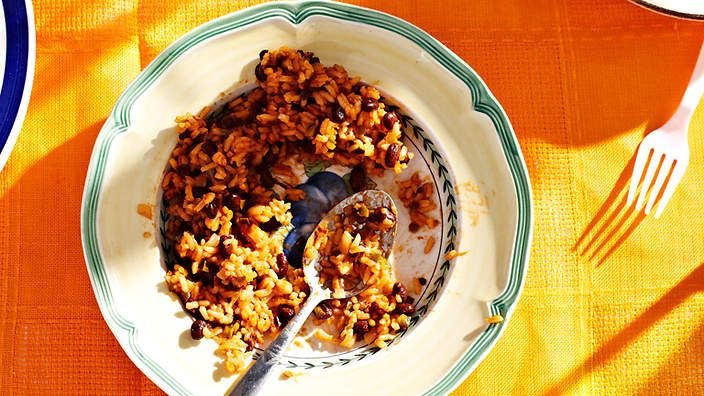 Black beans and rice (arroz congri) recipe : SBS Food