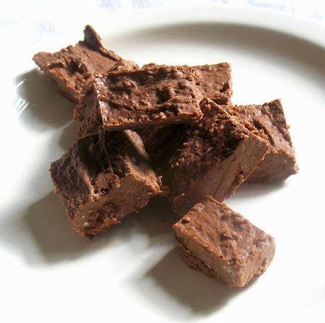 No-Bake Coconut Oil Fudge | Delicious Cooking