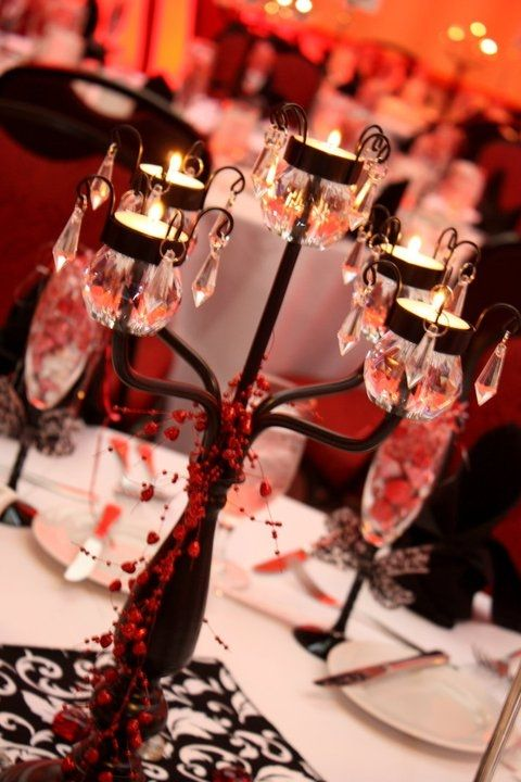 Table centerpieces red black and white wedding ideas