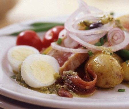 Classic Niçoise Salad Recipe A delightful French salad that's rich in ...