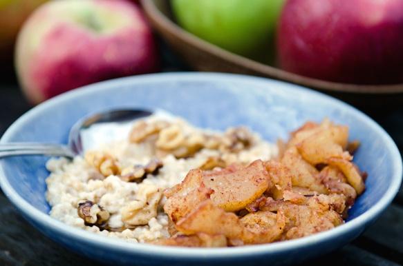 Sautéed Cinnamon Apples with Oatmeal | Recipes I'd Like to Try | Pint ...