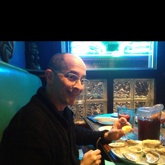 ... infamous Adam Zand (@nooneyouknow) eating oysters at East Coast Grille