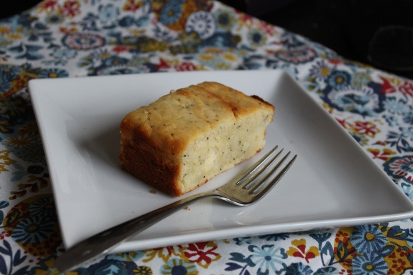 lemon poppy cake-bread | brekky board | Pinterest
