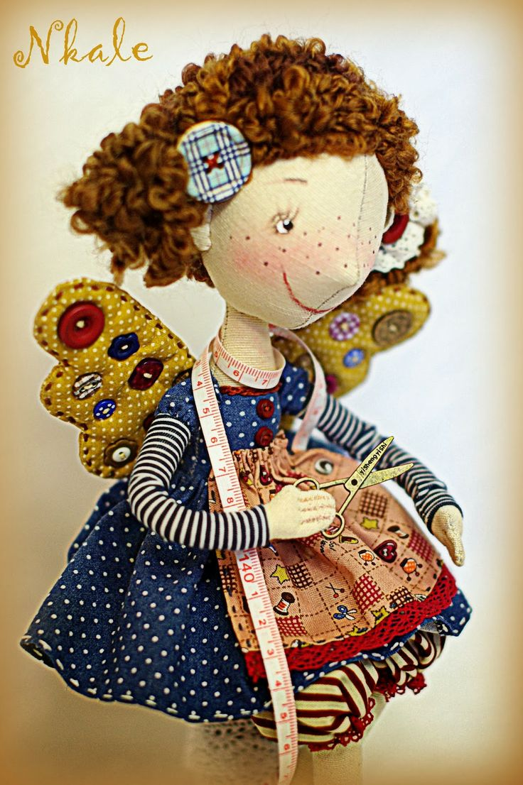 著者 織物 の 人形: 各 おもちゃ の 中心 部 に 位置 し NKALE :-)