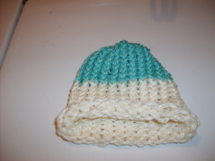Baby loom knitted hat. Loom 4 Pinterest