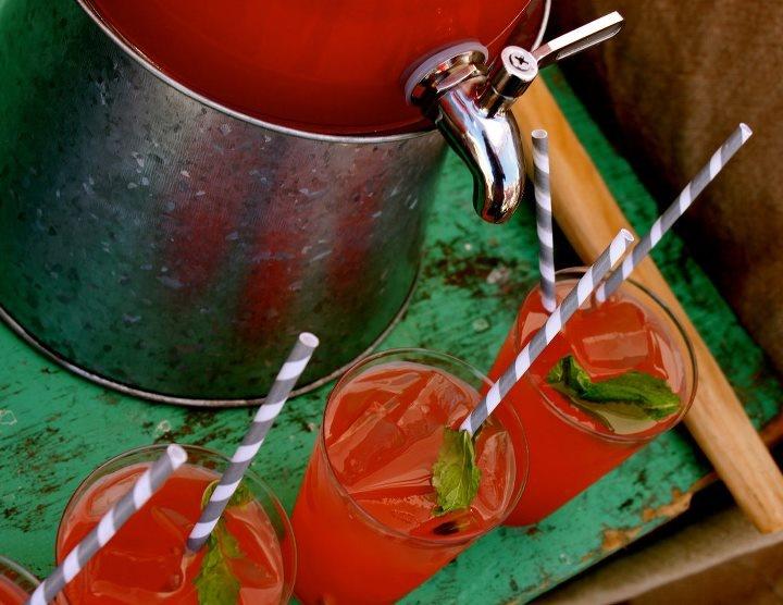 Watermelon mint lemonade | host + dine | Pinterest