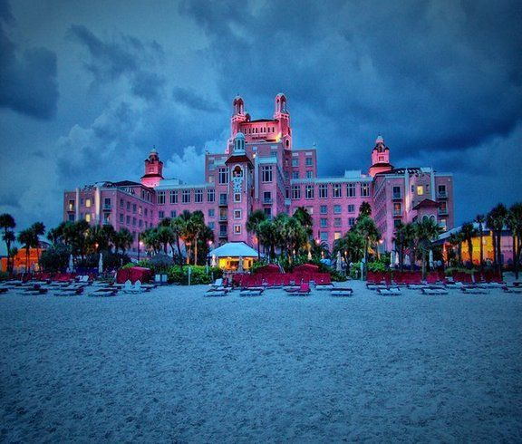 Don Cesar Hotel, St. Pete Beach, Florida   Getting hitched ...