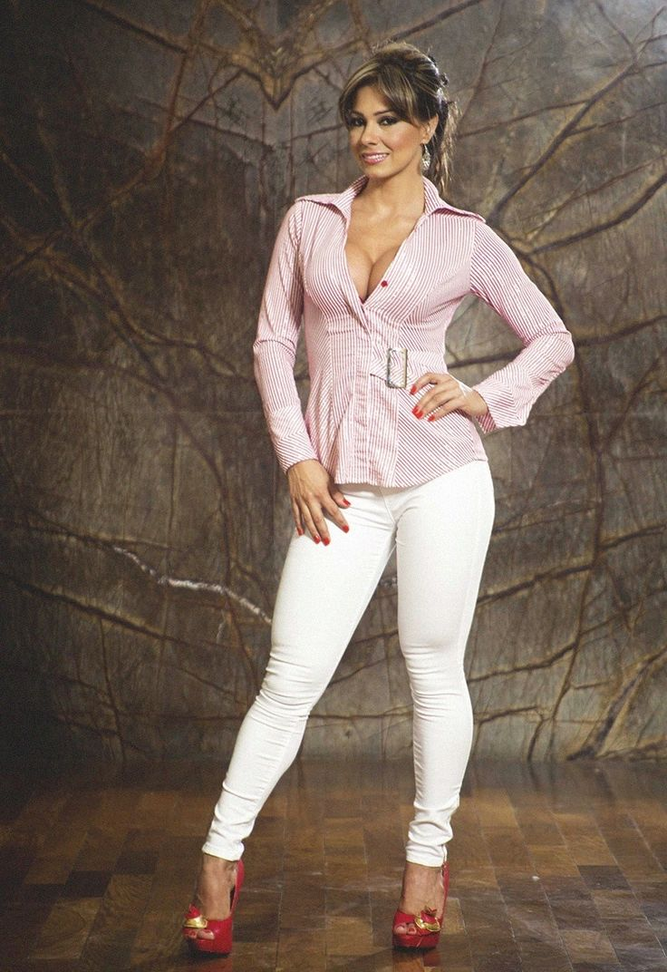 Ripe latina Esperanza Gomez lets you see her perfect body № 476690 бесплатно