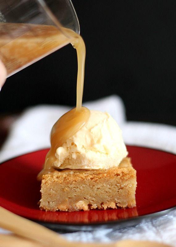 White Chocolate Kit Kat Blondies Recipe — Dishmaps