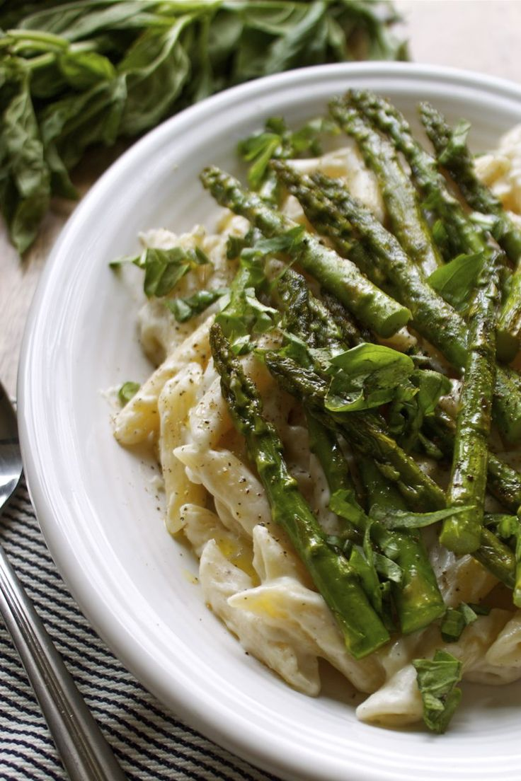 Meatless Monday: Asparagus Photo