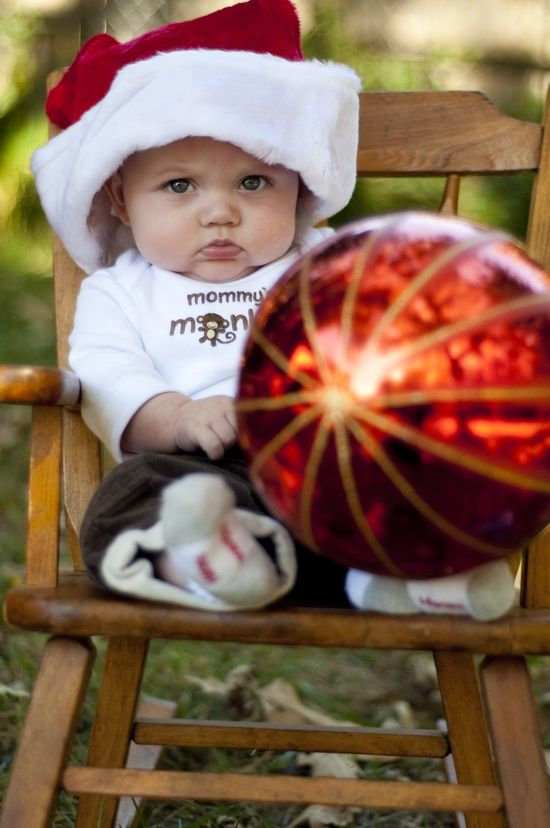 Angry baby for Cute baby christmas photo ideas