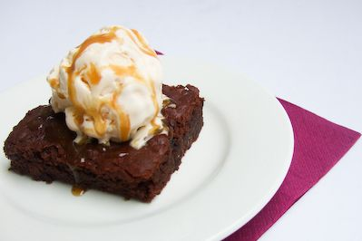 Sticky Toffee Banana Brownies by raspberri cupcakes on Flickr (cc)