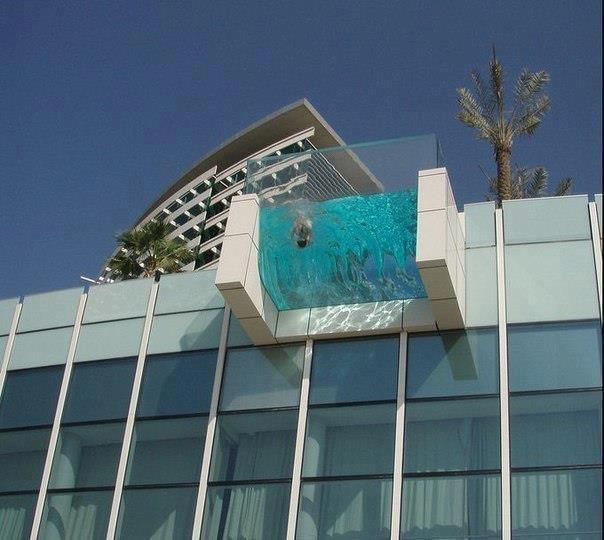 Cantilevered glass hotel swimming pool future home for Design hotel 6f