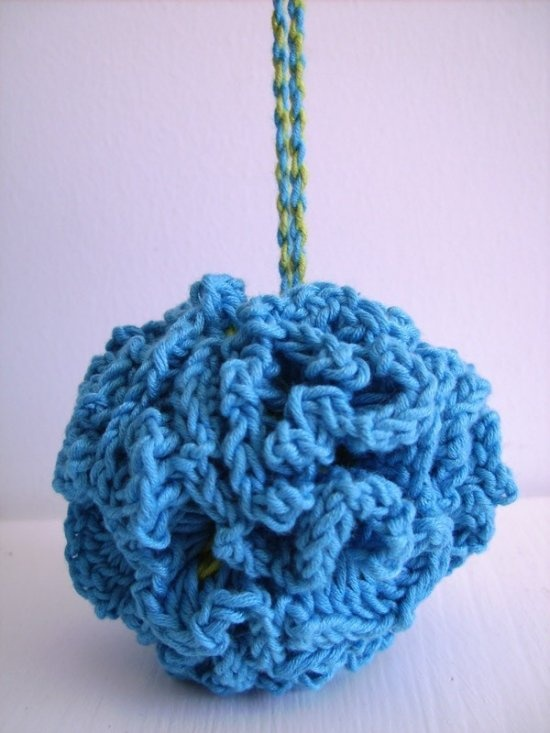 DIY Crocheted Bath Puff: Easy for beginners, soft and dries fast. Try it with multicolored yarn or natural organic cotton.
