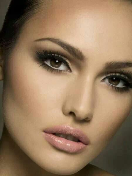Maquillaje natural peinados y maquillaje pinterest - Maquillage pin up ...