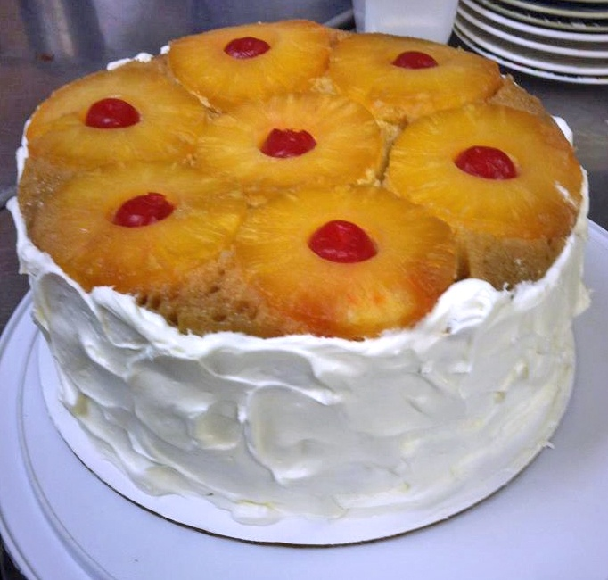 Pineapple Upside Down Cheesecake | Delicious desserts.. Cake, cupcake ...