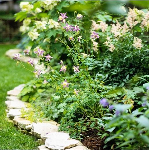 Flagstone Edging Flower Bed Garden Ideas Pinterest 640 x 480