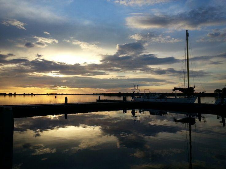 Geniet van de mooiste zonsondergangen in onontdekt Nederland. Outback Holland