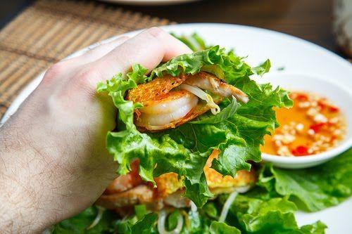 ... Xèo (Savoury Vietnamese Crepes Stuffed with Shrimp and Mushrooms