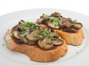 Fuss-Free Thanksgiving Appetizers: Mushroom and Goat Cheese Toasts