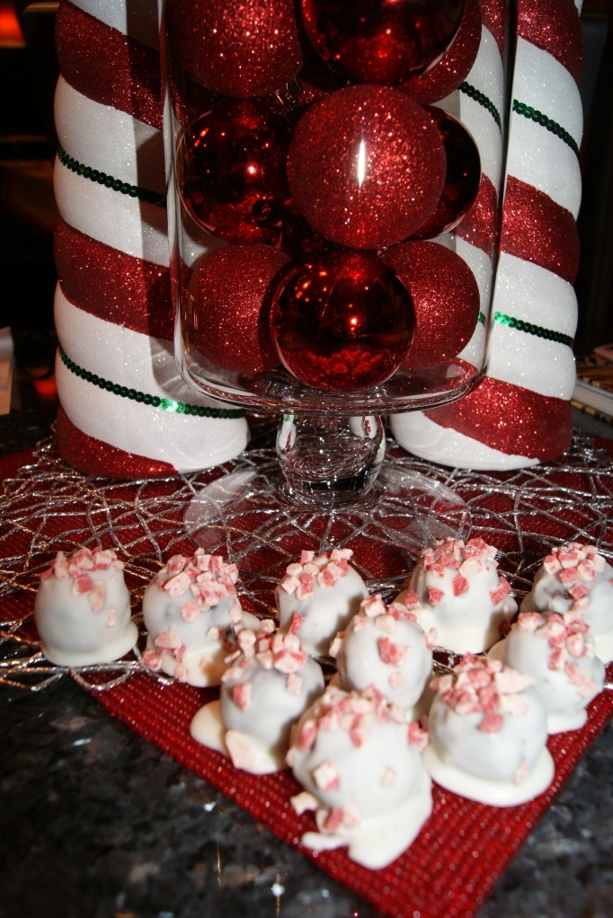 Peppermint Oreo Balls | Peppermint Addiction | Pinterest