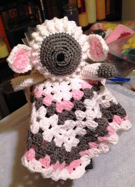 Lamb Lovey ~ free pattern ? Crochet Toys & Stuffies ...