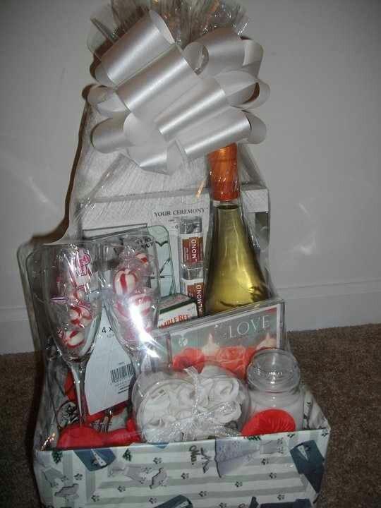 Wedding Gift Basket Wine : Wedding /Wine Gift Basket Gift bags/baskets Pinterest