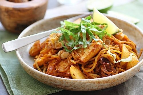 Indian Mee Goreng Recipe (Indian Fried Noodles) food food-that-means ...