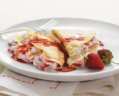 Strawberry Crepes with Strawberry Syrup | Desserts I Love | Pinterest