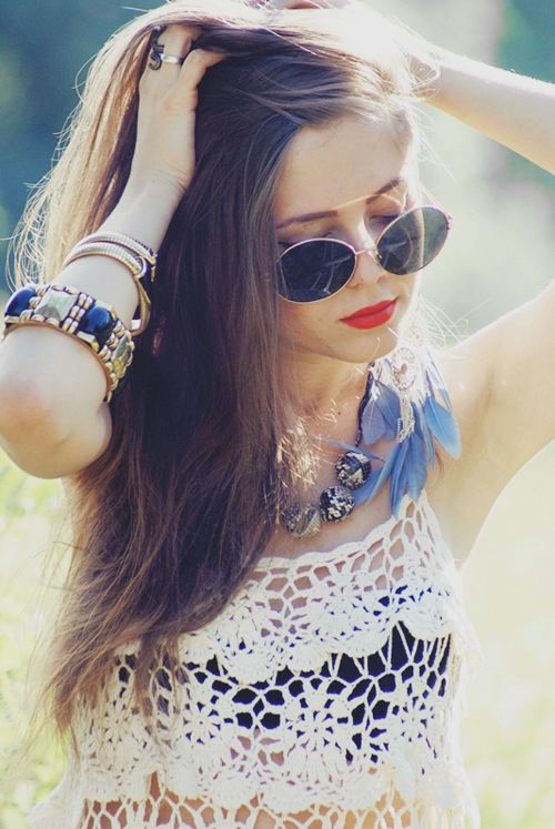 crochet top, red lips, round sunnies