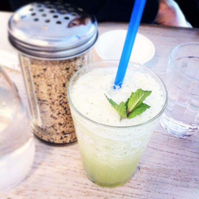Pineapple and mint juice, yummm | Juicing | Pinterest