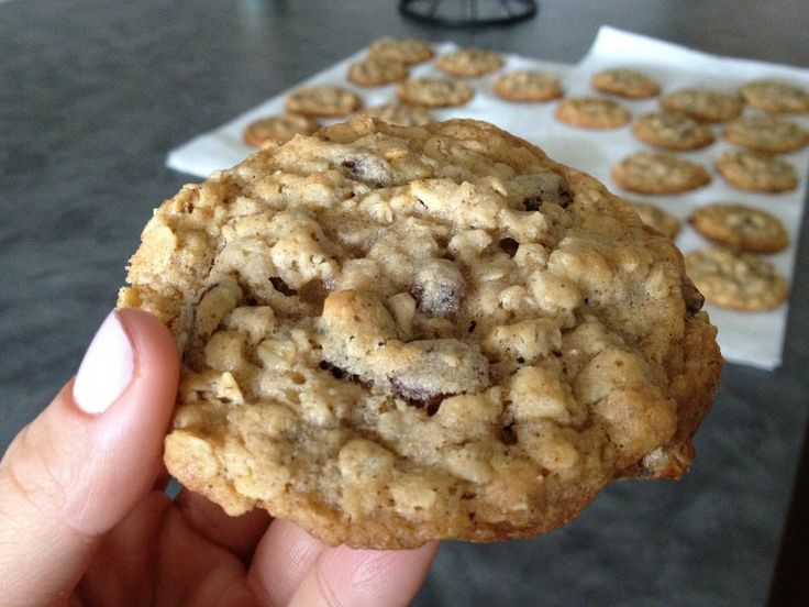 The best oatmeal raisin cookie recipe! | Yummy Food | Pinterest