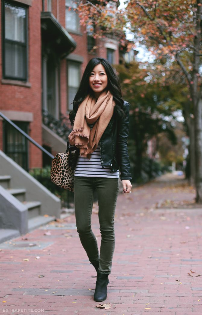 Leopard stripes scarf