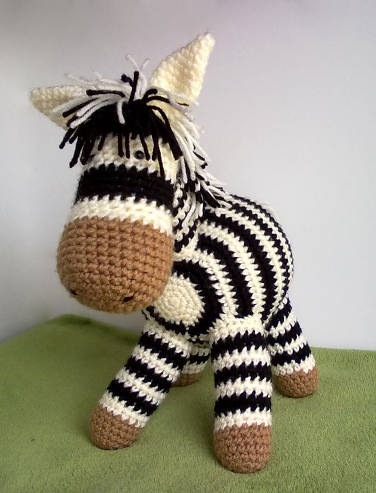 Crochet Patterns Zebra : Pin by Robin Fox on amigurumi crochet Pinterest