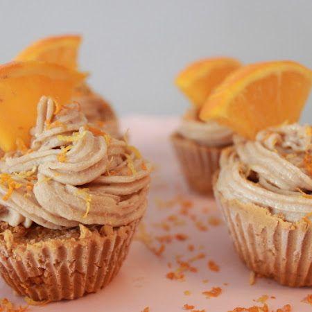 Raw Carrot-Orange Cupcakes | food | Pinterest