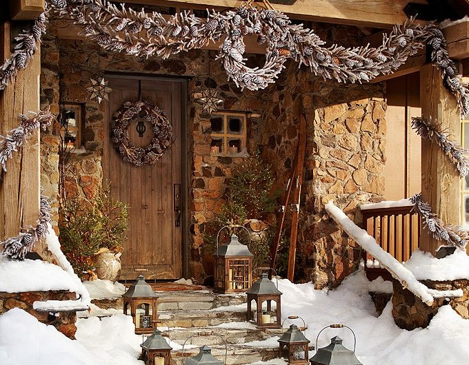 Rustic christmas front porch 39 tis the season pinterest for Country cabin christmas