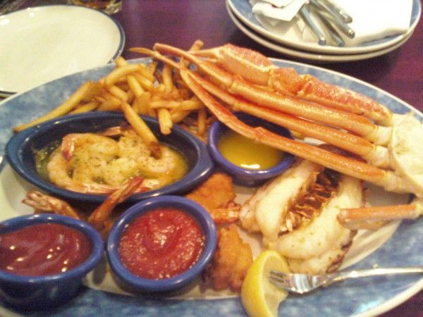 ultimate feast from red lobster miller ln. Dayton, Ohio