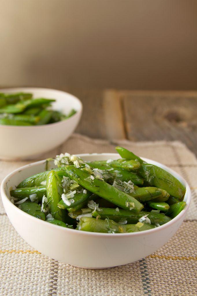 Sugar Snap Peas Salad With Lemon, Garlic and Dill