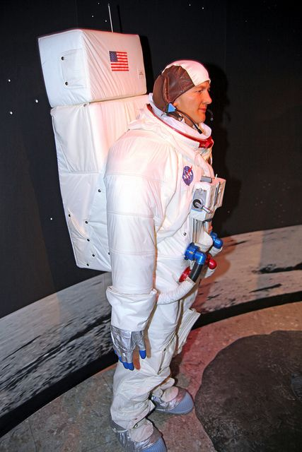 wax museum neil armstrong -#main
