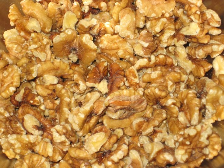 Sweet and Spicy Walnuts | Noshes & Nibbles | Pinterest
