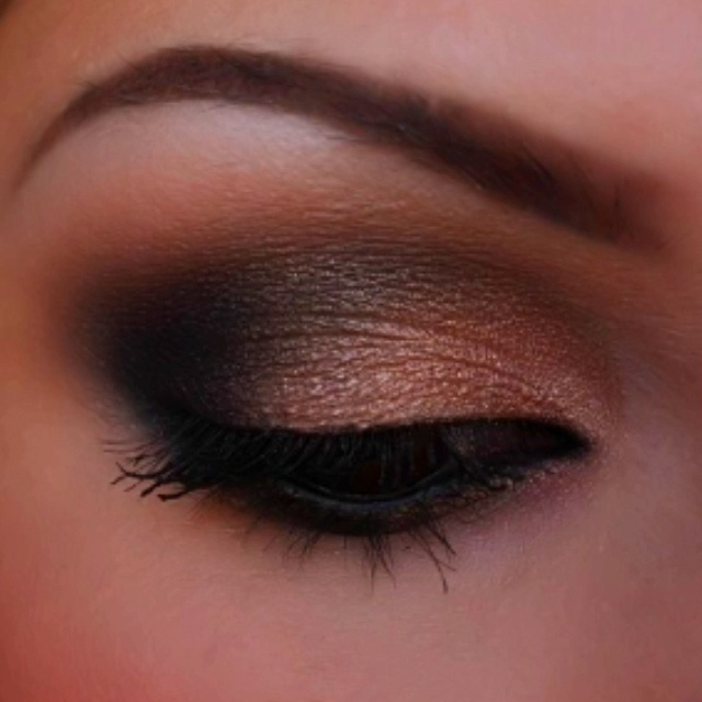 Beautiful ! Light smokey eye   How To Be Pretty   Pinterest