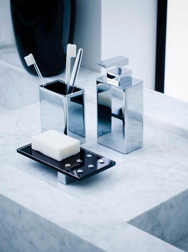 Accesorios De Baño Delta: modern bathroom accesories