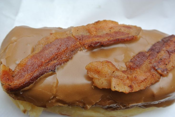 Baked Donuts With Maple Frosting And Bacon Crumbles Recipes ...