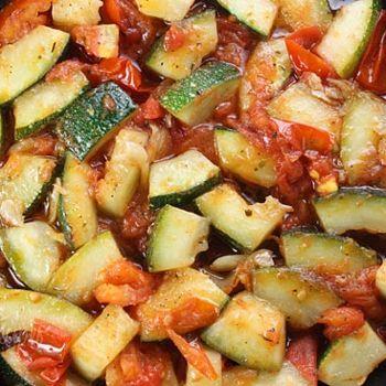 Zucchini with plum tomatoes | Tomatoes, tomatoes, tomatoes, I love ho ...