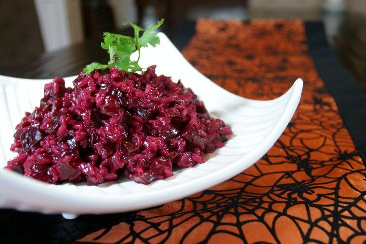 Beet Risotto www.fooddonelight.com #beetrecipe #risottorecipe #halloweenrecipe #healthyhalloween #healthyside