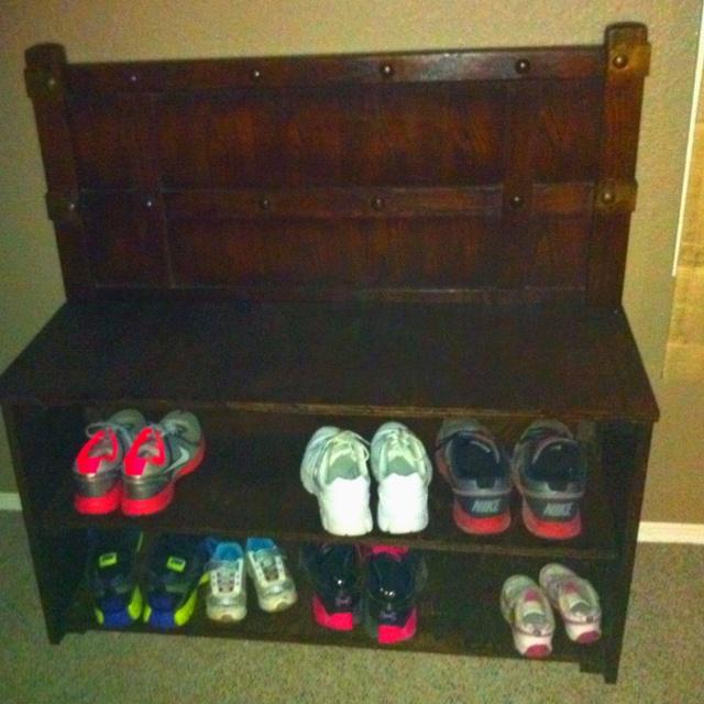 Shoe rack for front door organization pinterest for Front door shoe storage